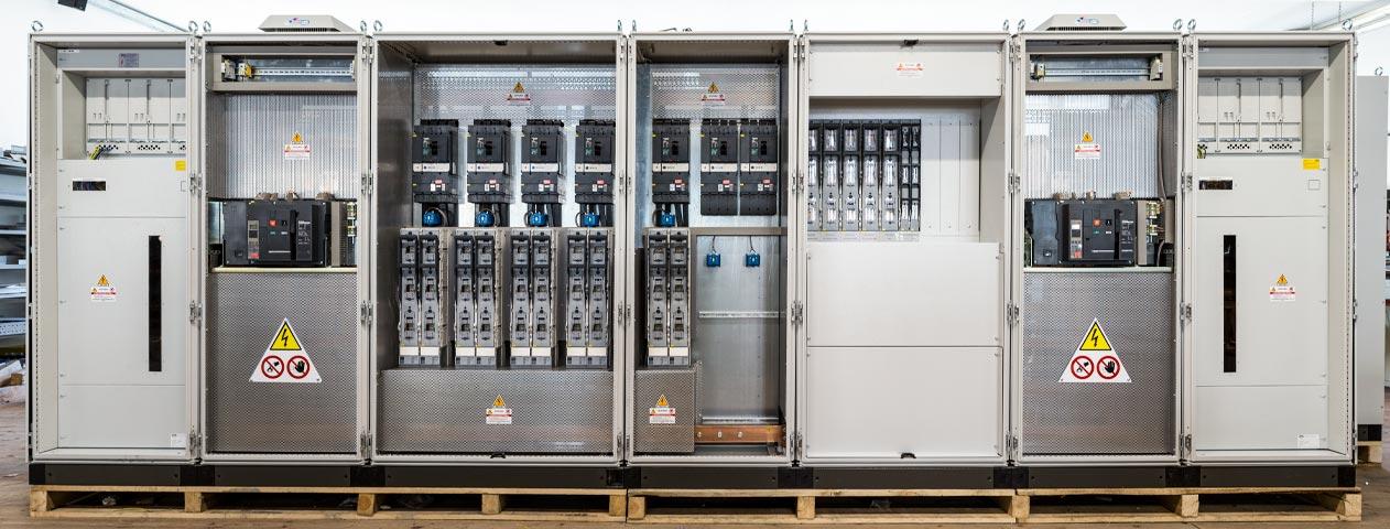 Schemi Quadri Elettrici : Costruzione di quadri elettrici di commando e di potenza